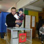Иван Васильев с сыном Марком. ФОТО ИРИНЫ ШИЛКИНОЙ. «ВТ».